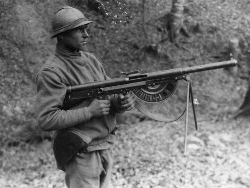 Chauchat, breve storia della peggior mitragliatrice mai inventata.