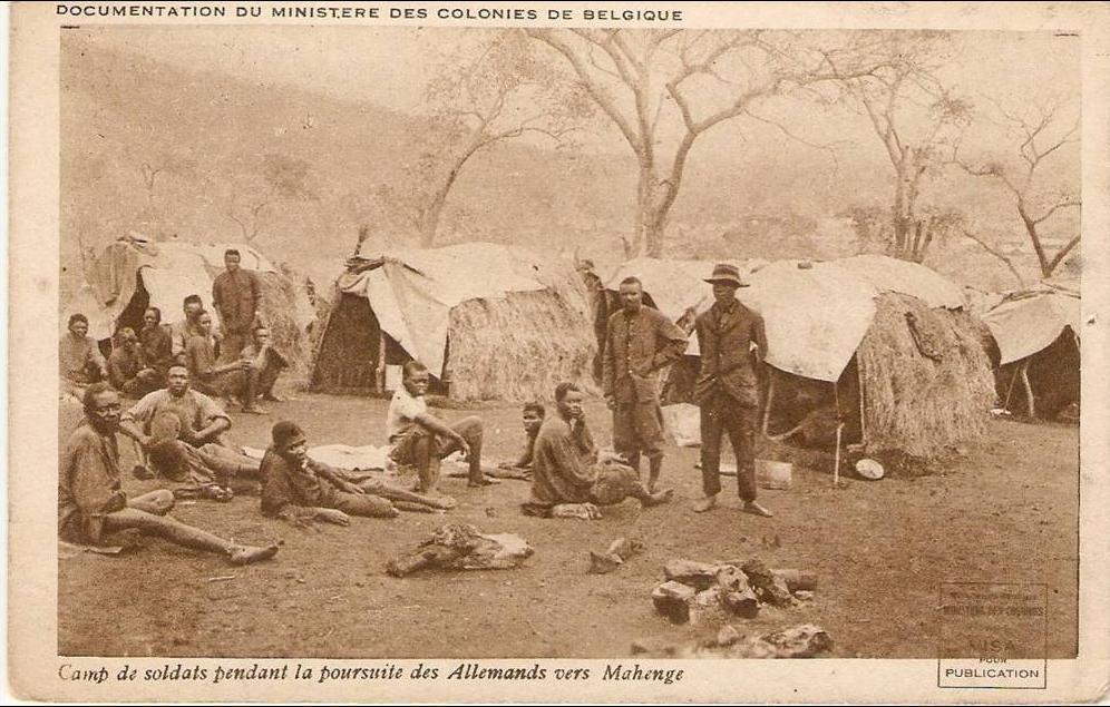 Campo di soldati durante l'inseguimento dei tedeschi verso Mahenge