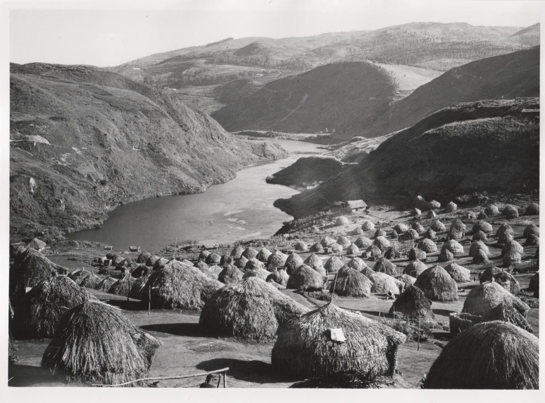 Villaggio nella valle del fiume Ruzizi